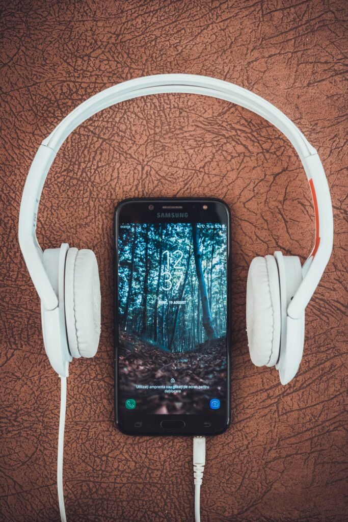 headsets-iphone